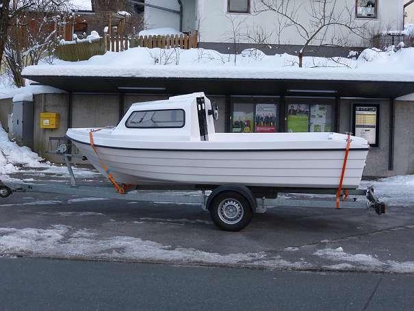 elektroboot boot mit kaj te fischerboot badeboot l 5. Black Bedroom Furniture Sets. Home Design Ideas
