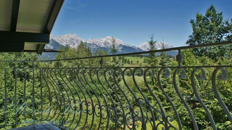 Außergewöhnliche Villa in Saalfelden - Immobilienkanzlei Alexander Kurz Salzburg