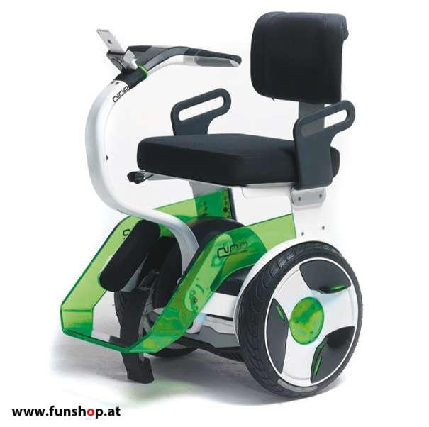 Nino Robotics der neue elektrische selbstbalancierende Rollstuhl in grün und weiss der Spass macht im FunShop Wien kaufen testen und probefahren