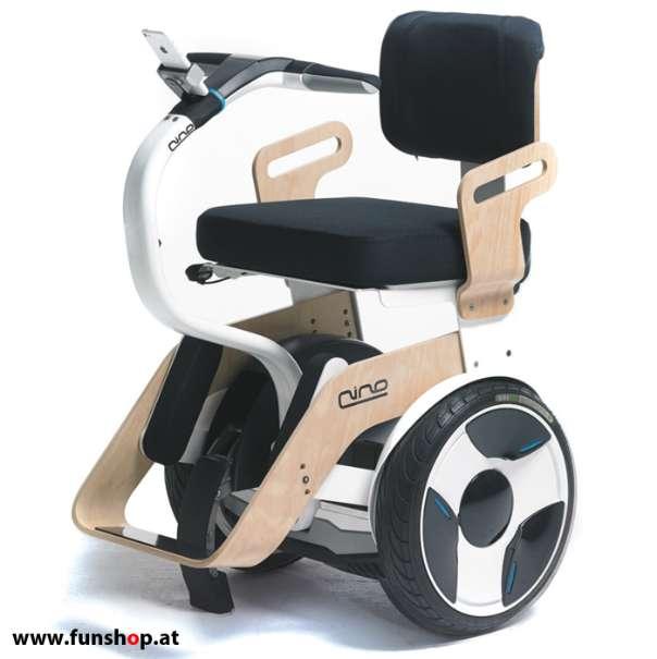 Nino Robotics der neue elektrische selbstbalancierende Rollstuhl in Birke und weiss der Spass macht im FunShop Wien kaufen testen und probefahren