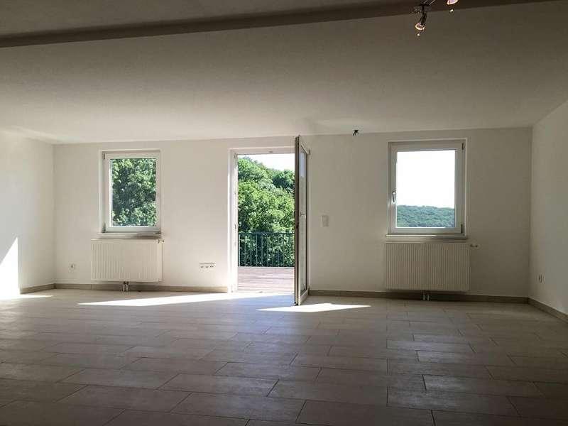 Keller: Wohnbereich mit Tageslicht