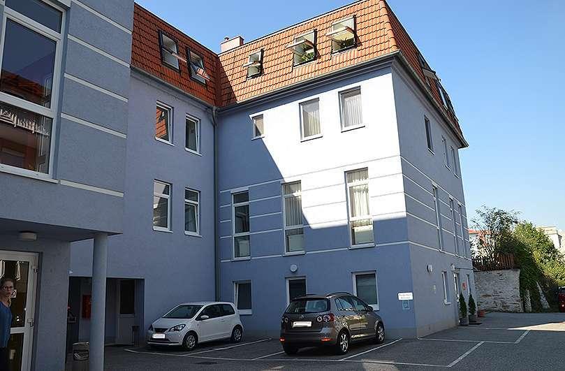 Bild 1 von 4 - Ärztewohnhaus in Horn
