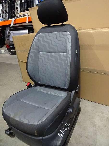 Skoda Fabia II Fahrersitz