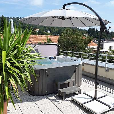 Outdoor Whirlpool Bluewater Spas® Modell HAMBURG für 5 Personen Größe 216 x 216 x 92 cm, versandkostenfrei