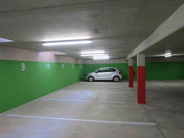 Vermiete Tiefgaragenparkplatz in Liebenau, Nähe Murpark