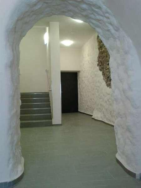 Bild 1 von 5 - Aufwändig restauriererter Stiegenaufgang