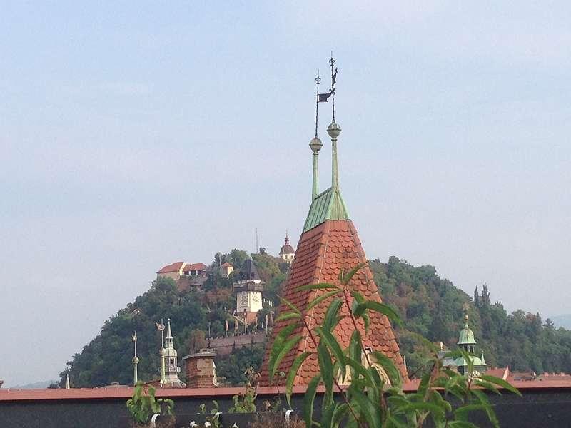 Dachterrasse mit Schlossbergblick