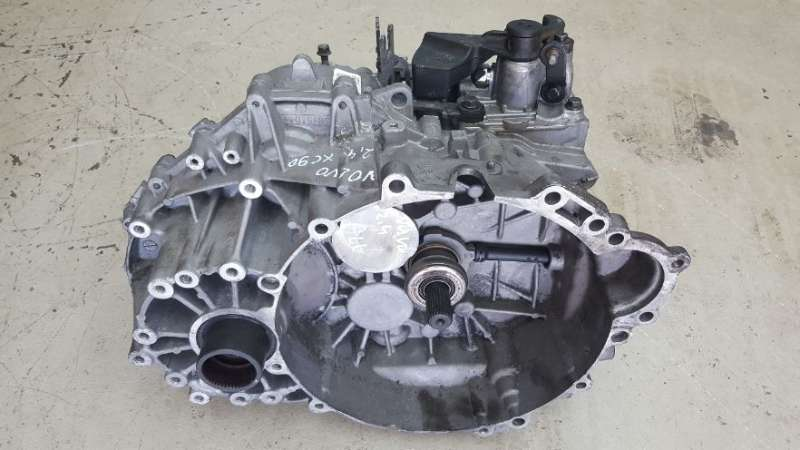 Getriebe Volvo XC 90 2,4 Tdi 136kW 6- Gang M66 AWD TF-80SC AWD Motor D5244T4