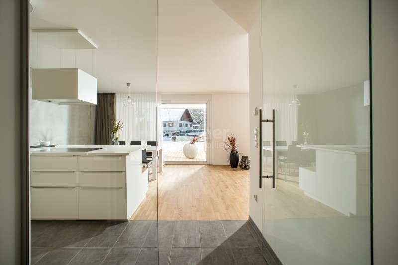 Glastür in den Wohnraum