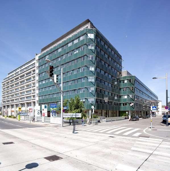 Bild 1 von 2 - Fassade