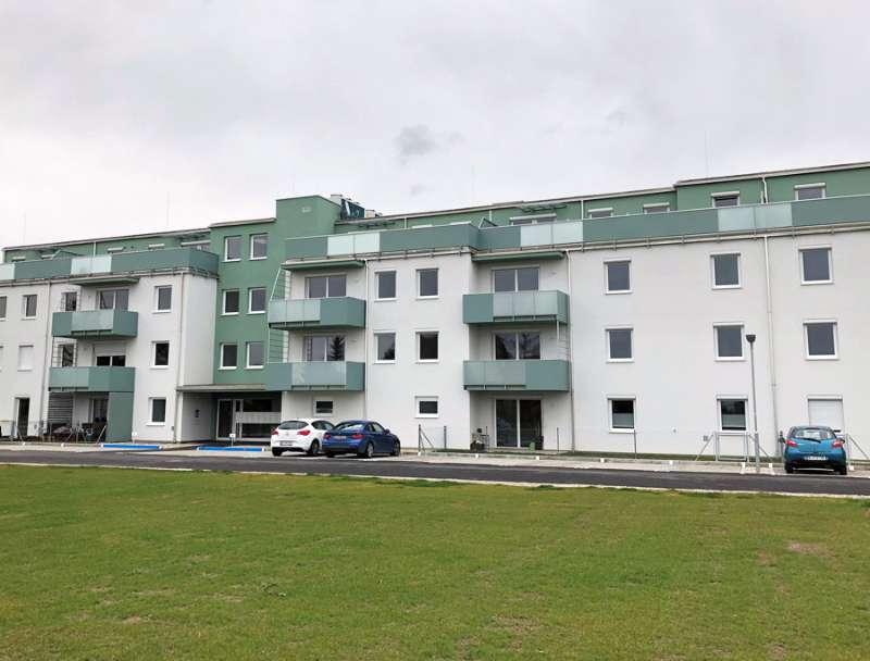 Moderne 3 Zimmer-Wohnung mit Balkon