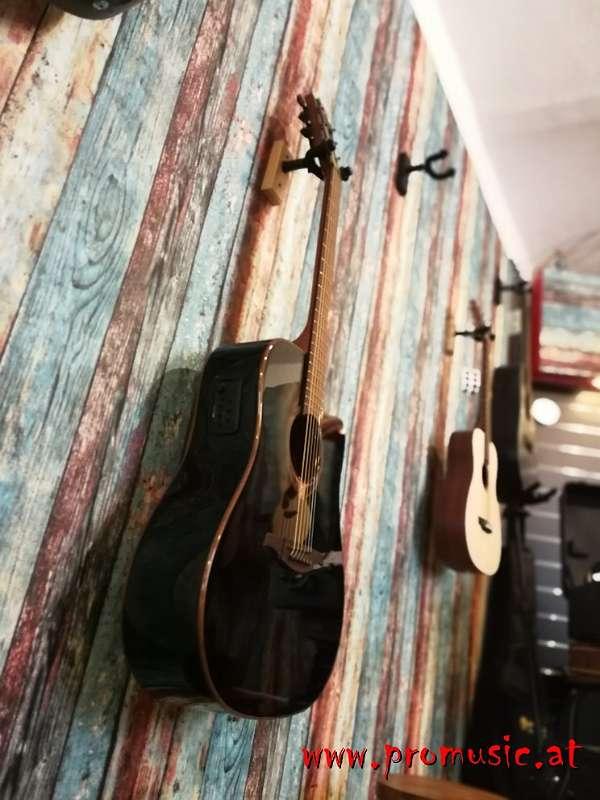 LAG Tramontane Akustikgitarre
