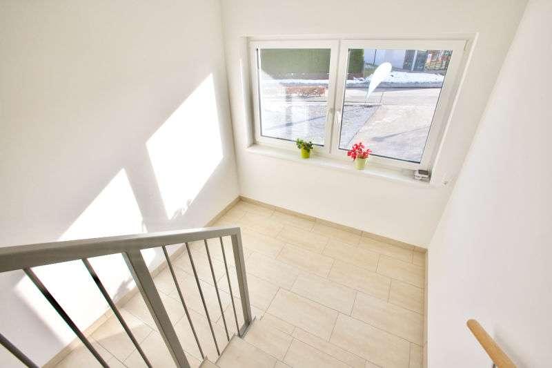 Reifnitz am Wörthersee: Perfekte 3-Zi-Wo im DG mit 8 m² Westbalkon