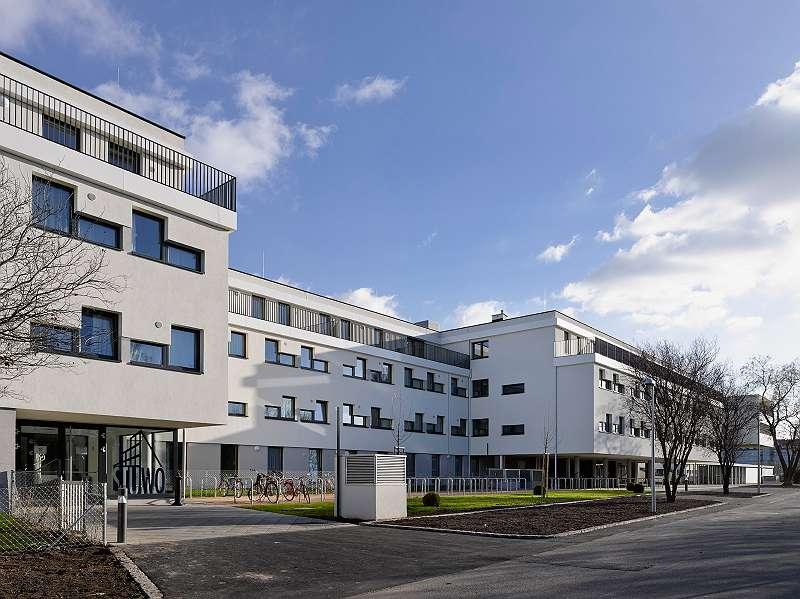 Für maximal 2 Personen: 1-Zimmer-Apartment KEINE Provision, KEINE Vermittlungsgebühr, KEINE Ablöse!