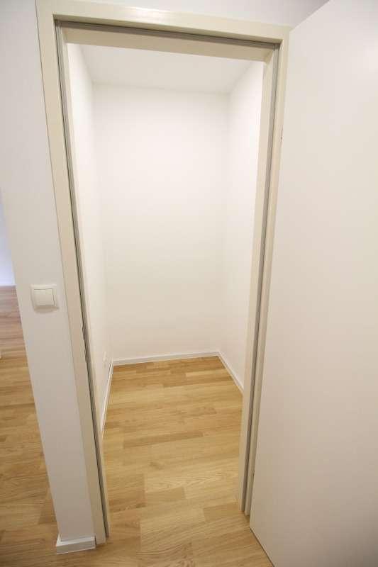 Abstellzimmer Nr. 2 / begehbare Garderobe