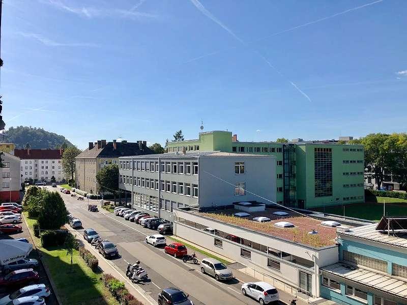 Blick Richtung Süden/Schloßberg