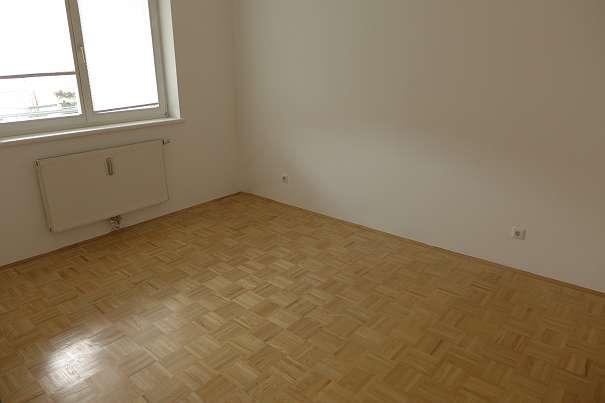 Sehr schöne, geräumige 2-Zimmerwohnung!