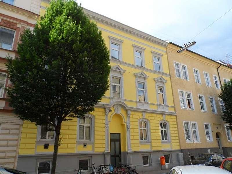 Bild 1 von 8 - Schillerstraße