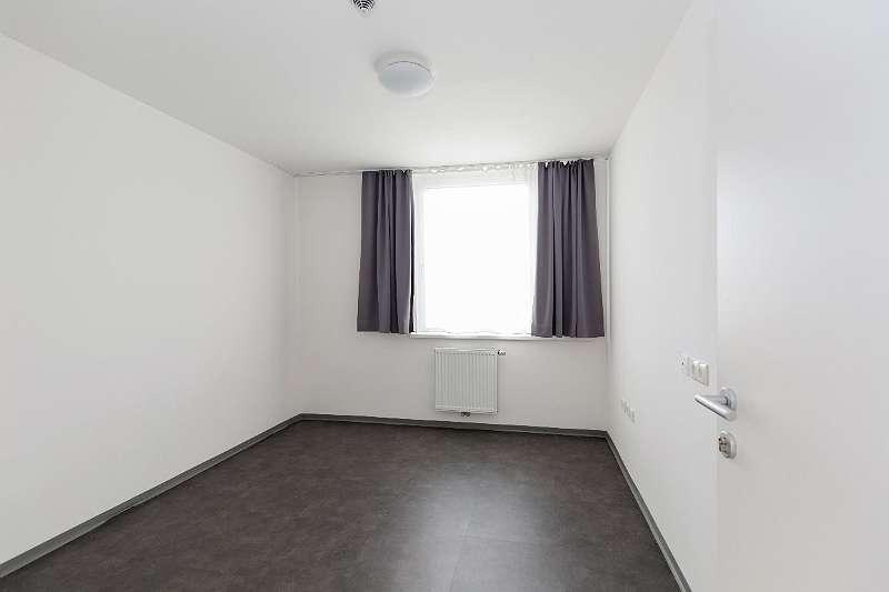 Einzelzimmer - unmöbliert