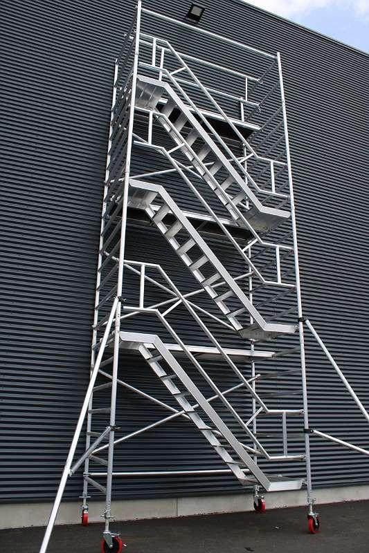 Kiezgerüst Profi Zimmergerüst Treppenturm ZugangsgerüstFahrgerüst Rollgerüst Gerüst jetzt in Österreich