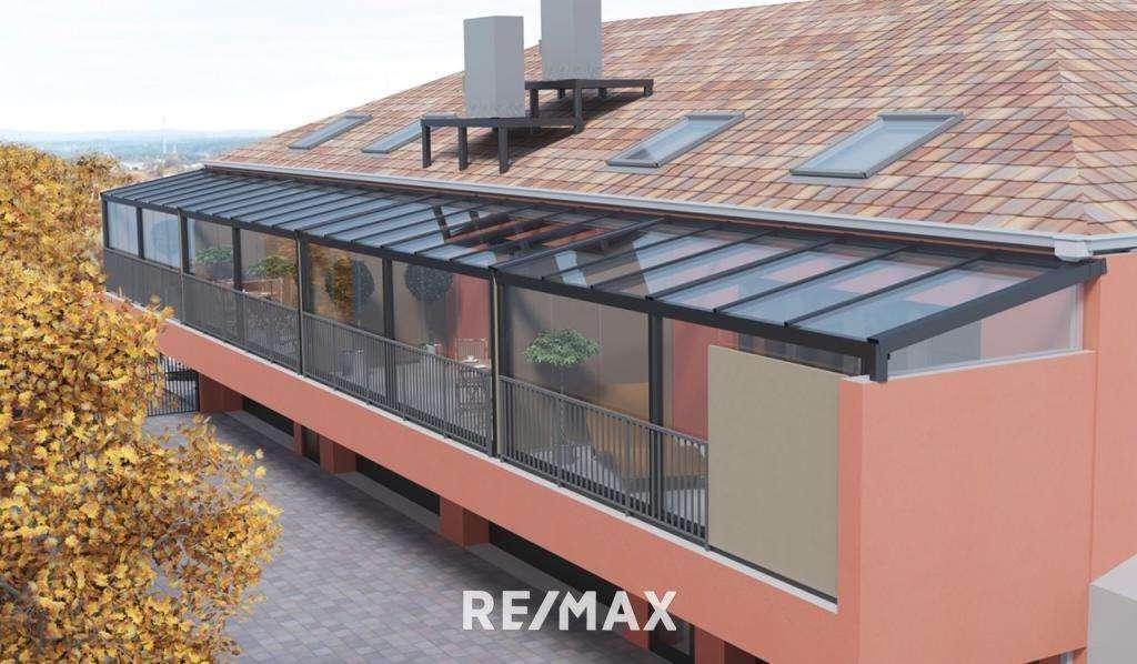 RE/MAX Ansicht vom Innenhof