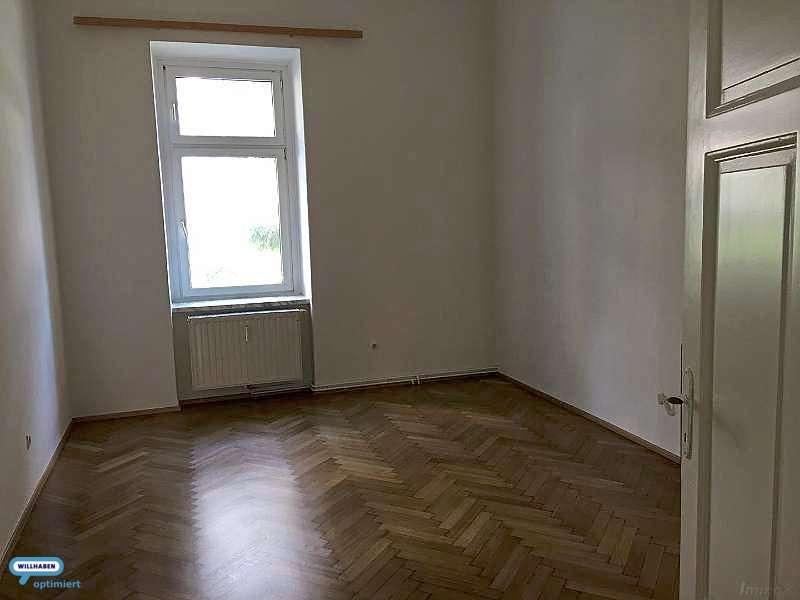 ins Zimmer 1
