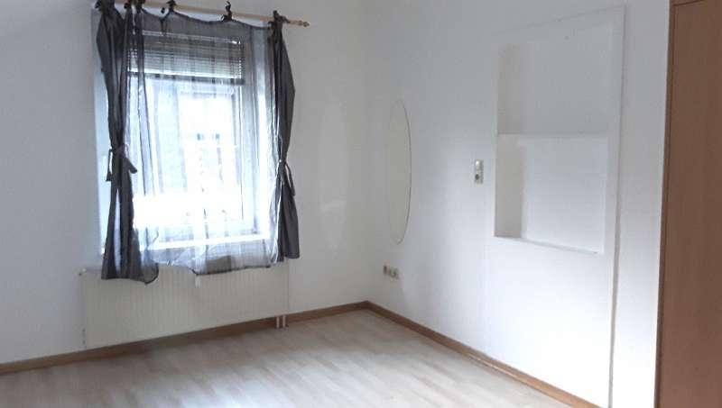 Kleine Wohnung mit Tiefgaragenplatz in Ebensee u. Haustiere sind erlaubt