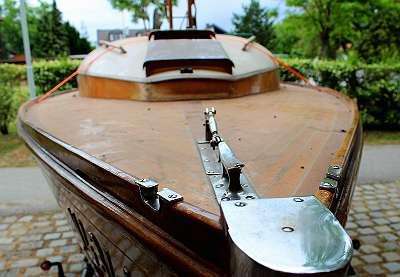 HSPi Yachtservice ReFIT 2.0 (Restaurierungen) - Bootsdecks - Service - Osmosesanierungen