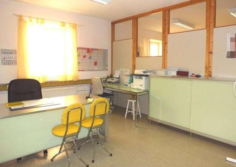 Bild 1 von 5 - Büro