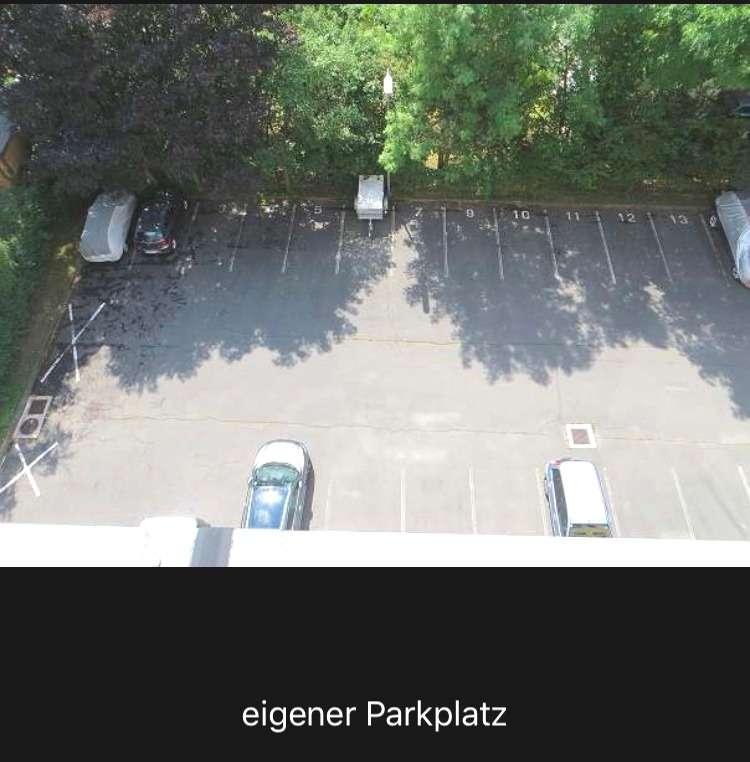 Preisgünstige Garconniere mit Parkplatz!