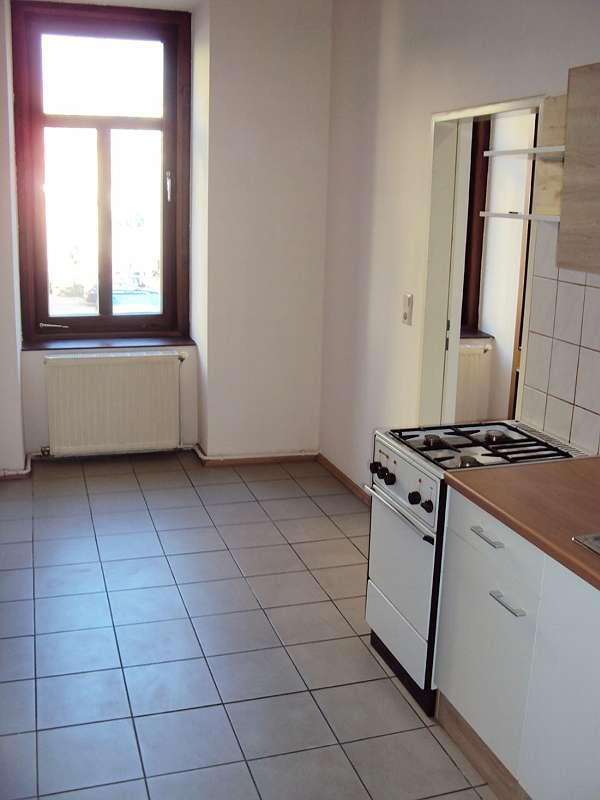 Küche Blick zum Vorzimmer