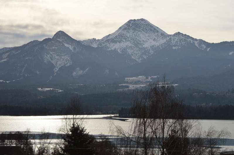 Schönes Anwesen in Drobollach am Faaker See mit Seeblick und Blick auf den Mittagskogel zu verkaufen
