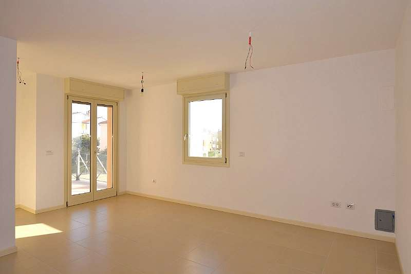 ISTRIEN, NOVIGRAD -Schöne und geräumige Wohnung zum Verkauf in Novigrad