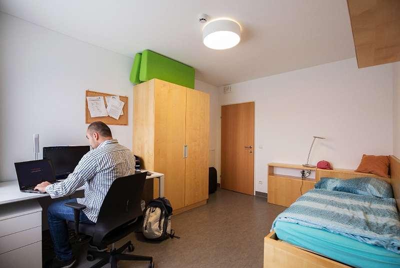 Komplett möbliertes Einzelzimmer beim Technologiepark Villach