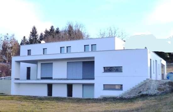 Erstbezug! Modernes und extravagantes Familienhaus in traumhafter Umgebung