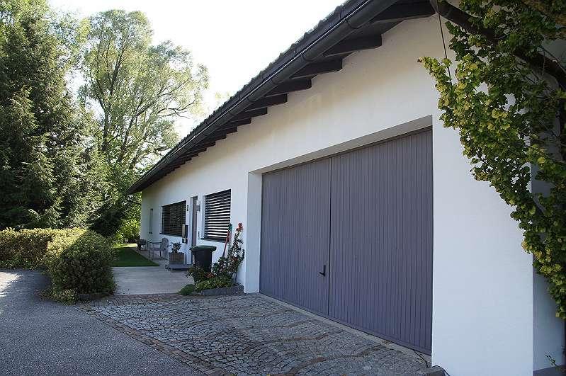 Eingang und Garagentor
