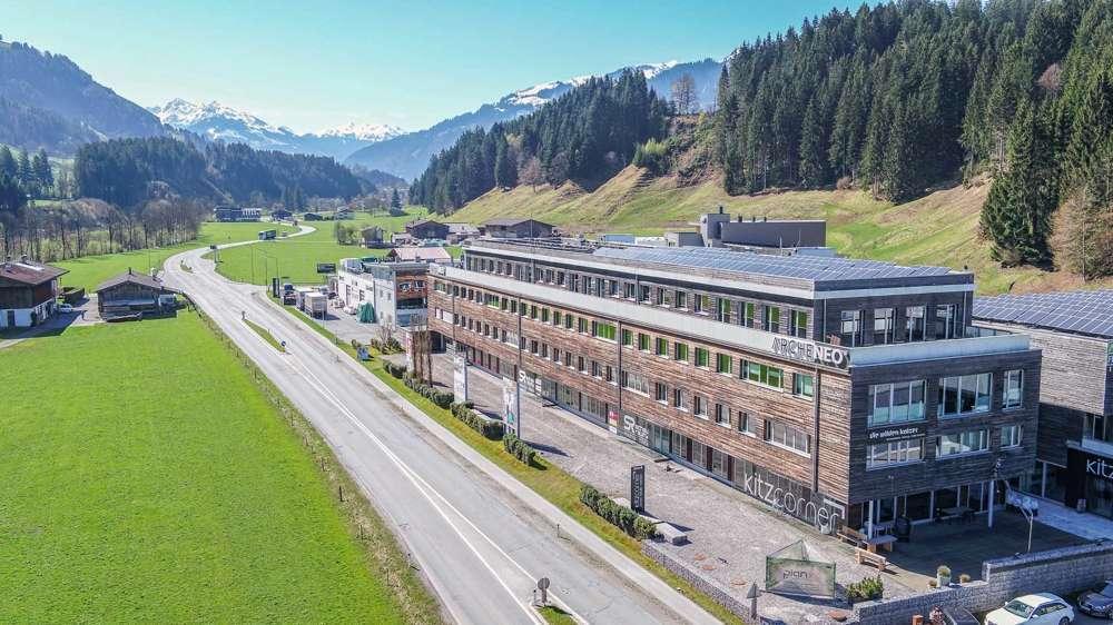 Bild 1 von 17 - KITZIMMO-Büroetage in Oberndorf kaufen.