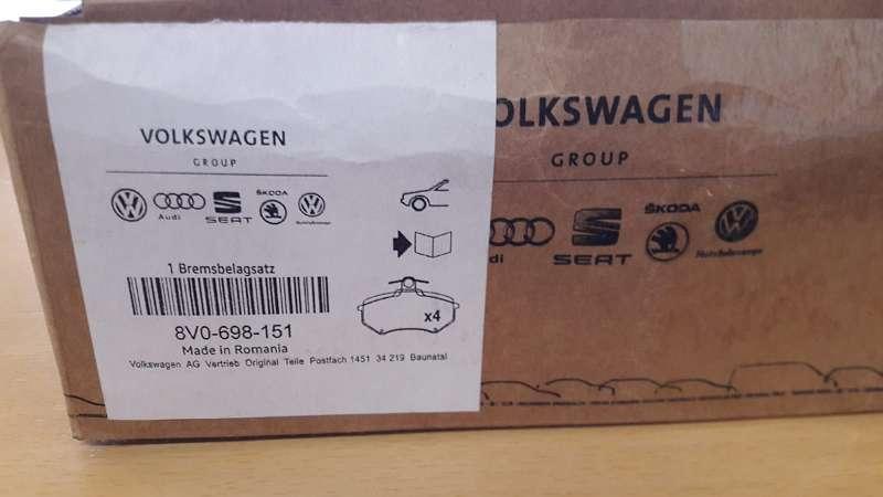 Orig. VW AUDI Bremsbeläge Bremsklötze, OE 8V0698151 für A3, Golf 7, etc. - Neu