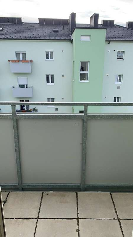 2 Zimmerwohnung mit Balkon, Nähe Auge Gottes