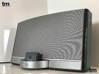 Bose® SoundDock Portable digital music system - schwarz glänzend (mit Akku und Netzteil) - optional mit Bluetooth Adapter oder Original BOSE Ledertasche - mit Rechnung und Gewährleistung