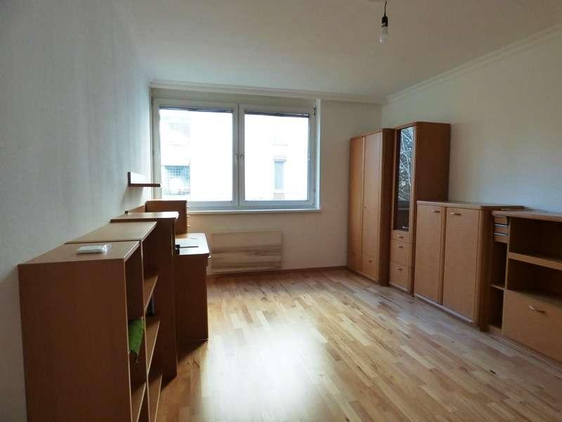 Schöne 3-Zimmer-Neubauwohnung mit Loggia, in ruhiger Grünlage!