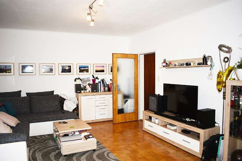 2-Zimmer Wohnung mit Balkon in ruhiger Top Lage zwischen City und LKH (5265)