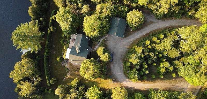 Luftbild des gesamten Grundstücks