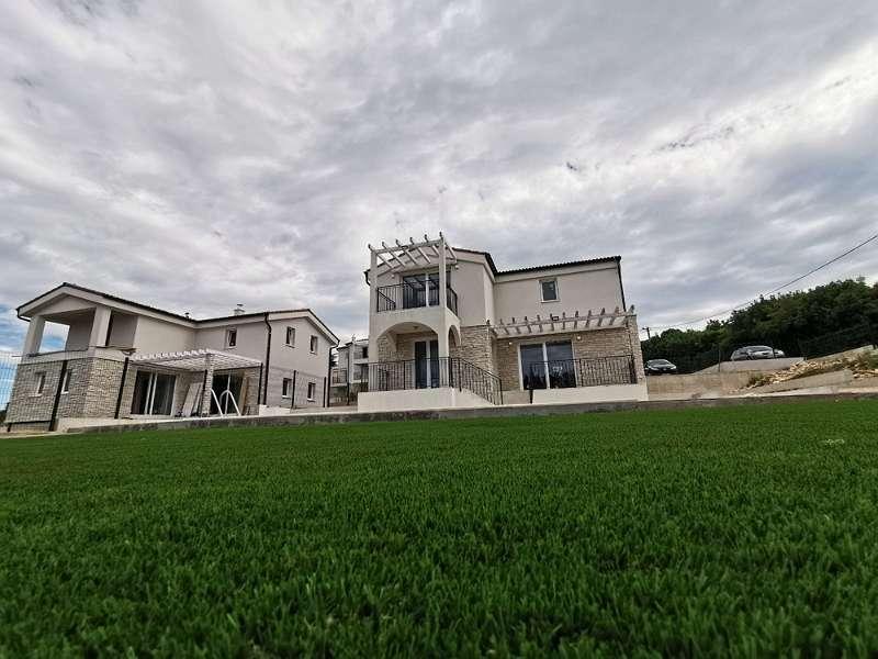 Bild 1 von 9 - Steinhaus kaufen Kroatien - Panorama Scouting