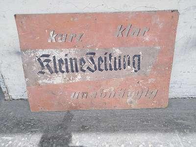 Seltenes grosses Aussenwerbung Kartonschild, KLEINE ZEITUNG, um 1940