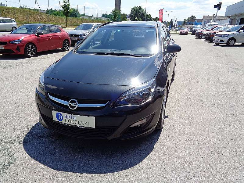 Opel Astra ST 1,4 Turbo Ecotec Österreich Edition St...