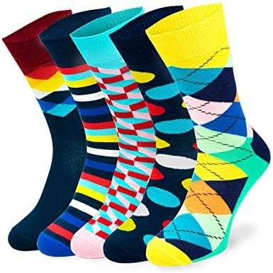 5 Paar bunte Socken mit Muster in verschiedenen Farben