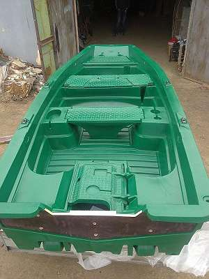 Fabrikneues Ruderboot