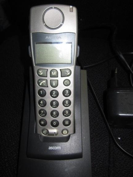 AASTRA Office 130 Pro Mobilteil Ladestation und Netzteil zz mk1