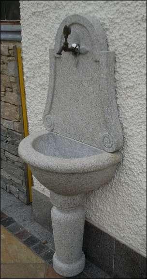 Wandbrunnen Gartenbrunnen Granitbrunnen